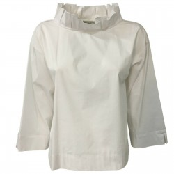 RUE BISQUIT White woman...